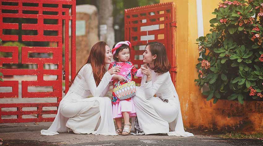 Giới Thiệu Chiếc Áo Dài Việt Nam
